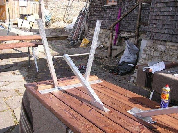 Stabile Klappvorrichtung für Tische