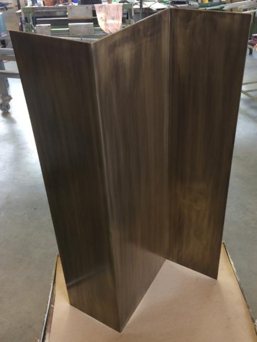 Messing - Geschweißt - Oberfläche von Hand bearbeitet
